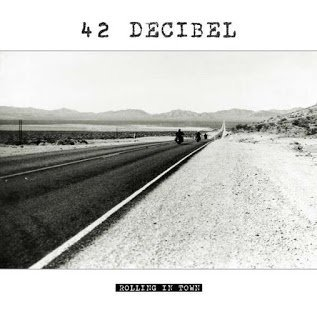 42 decibel - Rolling in Town 2015