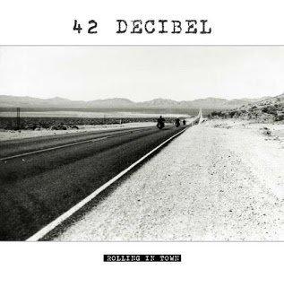42 decibel - Rolling in Town 2015